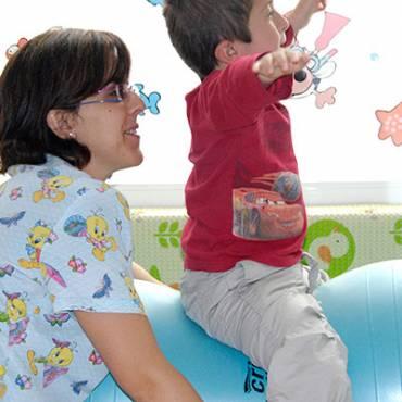 Niños: Método Bobath y le Metayer, Ejercicios Funcionales y Terapia Manual